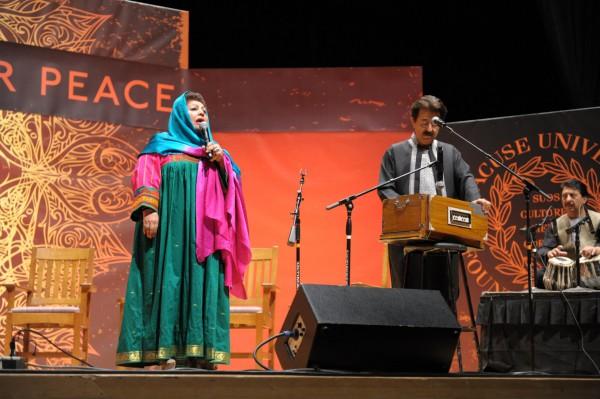 Mahwash-Khalil- One world conference (2)